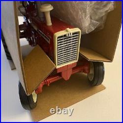 International Harvester Farmall 1206 Toy Tractor 1998 Iowa FFA 1/16 Scale NIB