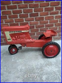 International Harvester Farmall Model 806 Pedal Tractor Ertl