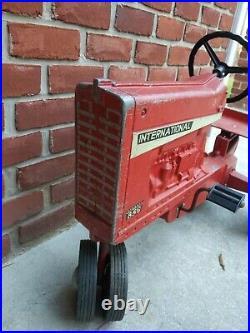 International Harvester Farmall Model 856 Pedal Tractor Ertl