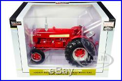 International Harvester Farmall W450 Gas Tractor 1/16 Diecast Speccast Zjd1683