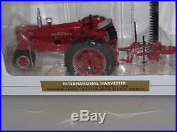 International Harvester IH FARMALL 300 Sickle Mower 116 SpecCast Tractor NIB