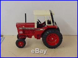 International Harvester, Red Power 1586 Tractor, 1/16, Die Cast