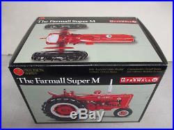 International Harvester Super M Toy Tractor Precision Series #8 1/16 Scale NIB