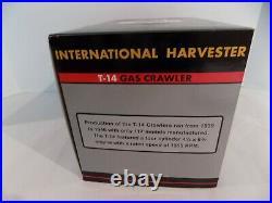 International Harvester T-14 Gas Crawler 116 Spec Cast Classic Series 2003 ZJD