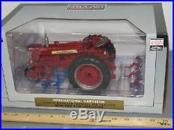 International Harvester iH FARMALL 350 Tractor Cultivator 116 NIB Precision Spe