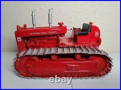 International IH TD-24 Crawler Tractor Sherwood Models 125 Scale 50 Made