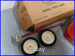 International IH nos pedal tractor wagon cart trailer ertl