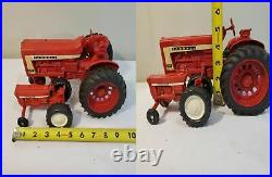 LOT 2 ERTL International Harvester Tractor Farmall 806 & Mini Toy Farm Tractor