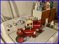 Lot of 3 Mint Ertl 1/16 International Toy Farm Tractor Farmall 806 826 1456 nice