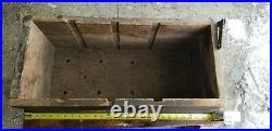 Old IHC FAMOUS TITAN Hit Miss Gas Engine Battery Tool Box Steam Tractor WOW