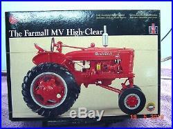 Precision International Harvester Farmall MV Tractor, #20, 1/16, Diecast