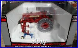 SpecCast 1/16 IH McComick Farmall 450 Tractor With455 Cultivator ZJD1595