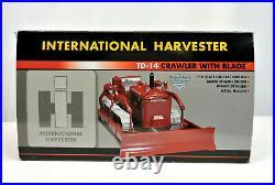 SpecCast 1/16 (ZJD 156) INTERNATIONAL HARVESTER TD-14 CRAWLER WITH BLADE