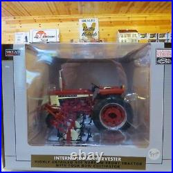 SpecCast IH 504 with4 Row Cultivator Classic Series 1/16 IH-ZJD18-B