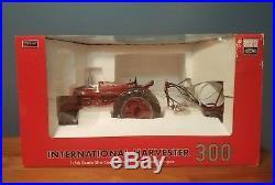 SpecCast International Harvester 300 Tractor & Sprayer 2009 Summer Farm Toy Show