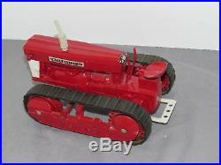 Vintage 1/16 International Harvester CUSTOM Crawler Tractor Farmall T-9 T-14