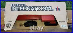 Vintage ERTL International 2+2 Tractor (Harvester 6388) NIB 1/16 Die-Cast