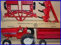 Vintage Ertl International Harvester Tractor Four Piece Set #436 1/16