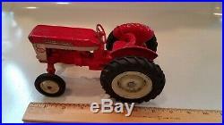 Vintage Eska International Harvester IH Utility 340 McCormick Tractor