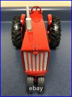 Vintage Farmall International Harvester 806 Tractor Die-cast ERTL 1/16 Restored