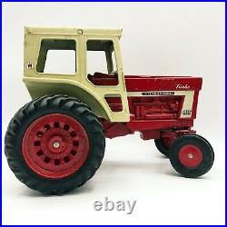 Vintage IH International Harvester 1466 Tractor & 4 Roller Disc ERTL 1/16 Scale