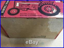 Vintage IH International Harvester 966 Hydro Farm Toy Tractor Ertl NIB