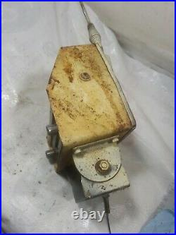 Vintage INTERNATIONAL HARVESTER Tractor Fender Mount AM Radio Restore / Parts