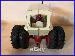 Vintage International 1256 Tractor 1/16 Ih Cab Duals Original