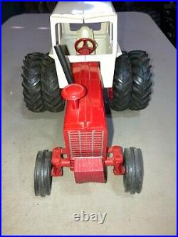 Vintage International 1256 Tractor 1/16 Scale Ih Ertl Cab Duals