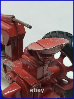 Vintage McCormick IH Farmall 450 Narrow Front Tractor 1/16 Scale Ertl / Eska