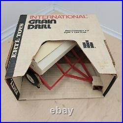 Vintage NIB NOS Case iH ERTL Grain Drill #448-7741
