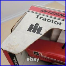 Vintage NIB NOS iH ERTL 2+2 3588 Tractor Blueprint Replica Die Cast #464-7941